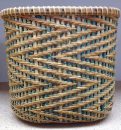 Nantucket zig zag basket 9x 5 1/2 x 8 1/2 tall race track woven with real dyed staves and natural weaver